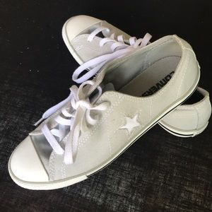 Converse All Star Sneakers. Size 7.